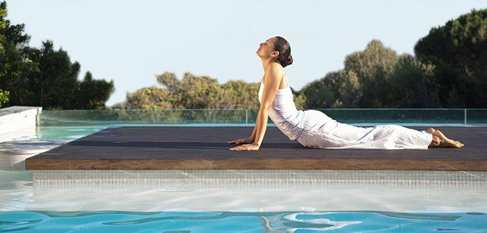 Bli av med stressen på ett av världens fem lyxigaste yoga-retreats
